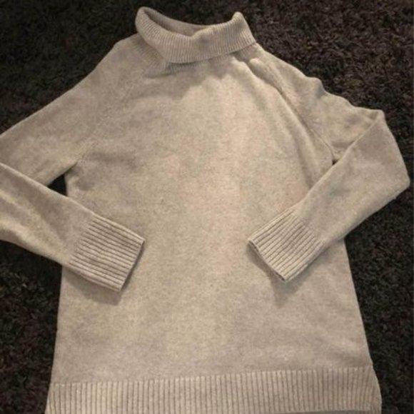 LEGOE Heritage Maternity Sweater